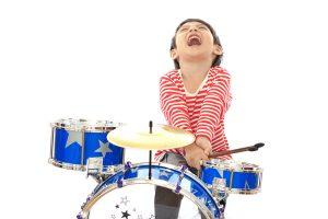 Bagaimana Muzik Membantu Perkembangan Anak?