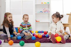Permainan Warna Merangsang Perkembangan Anak