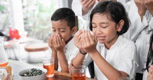 Read more about the article Memupuk Sifat Syukur dalam Diri Anak