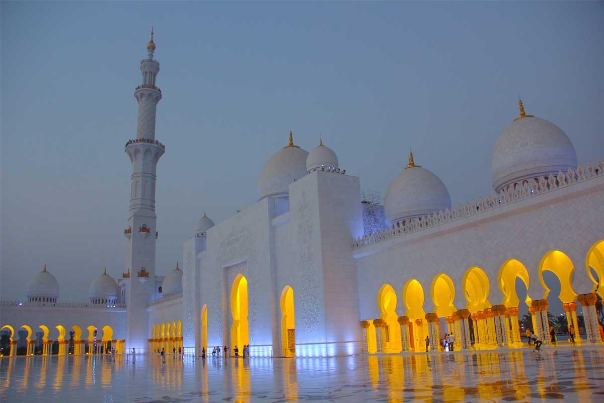 7 Tip Agar Anak Mencintai Masjid