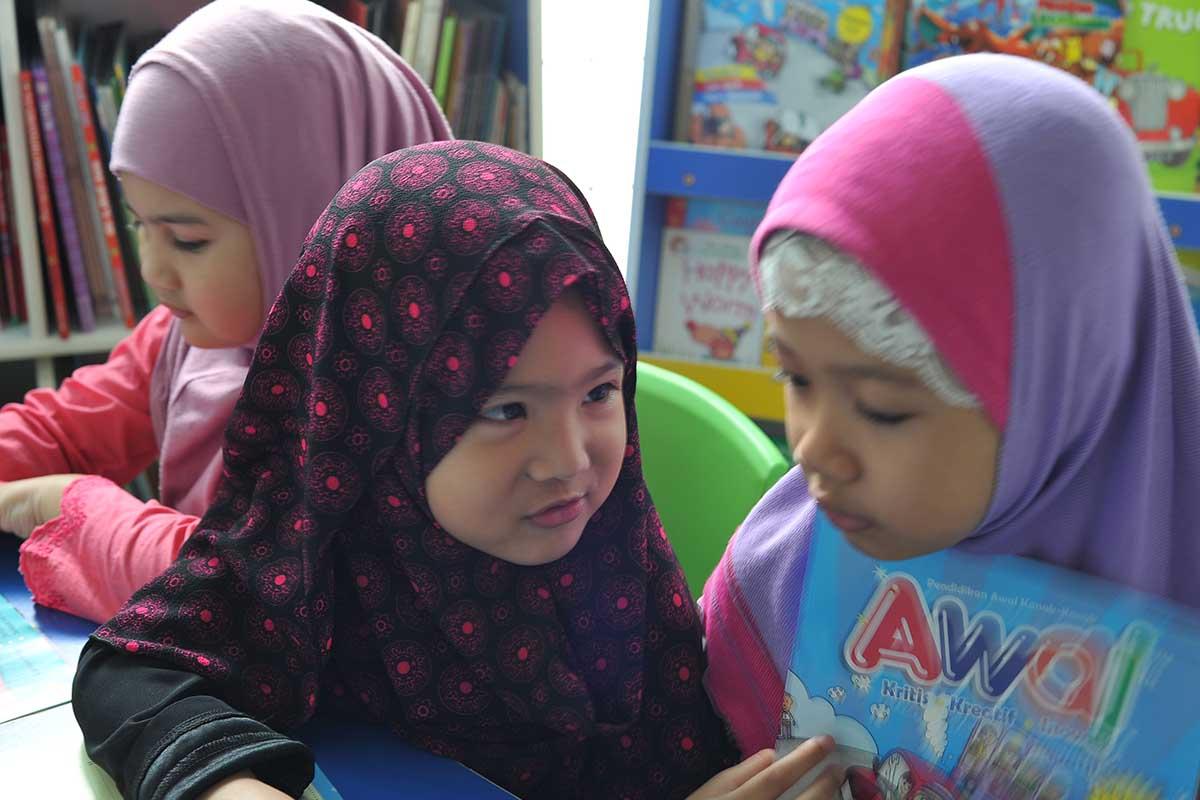 Perkembangan Bahasa Anak Berumur 5 – 6 Tahun