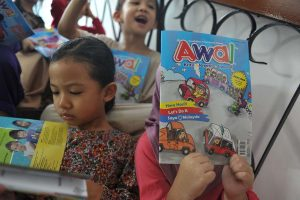 Read more about the article 5 Aktiviti Fonik Untuk Meningkatkan Kemahiran Membaca Anak